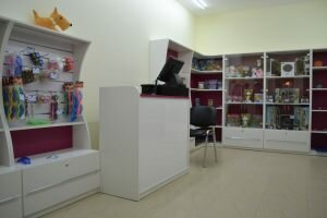 Commerscial furniture (2)